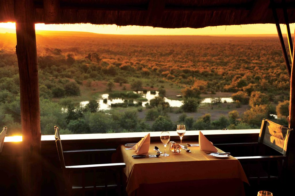Dinner-at-Chobe-Safari-Uganda